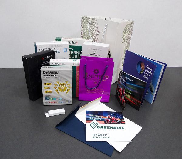 Этикетки необычной формы, коробки, конверты и пакеты не обходятся без вырубки